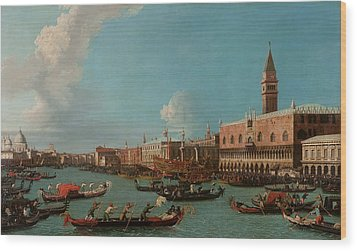 View Of Venice With The Doge Palace And The Salute Wood Print by Canaletto