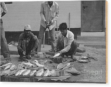 Village Fish Market 1 Wood Print by Bobby Mandal