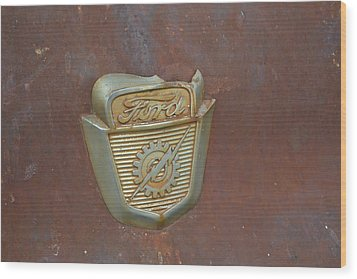 Vintage Badge Wood Print