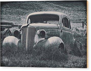 Vintage Car At Bodie Wood Print by Kelley King