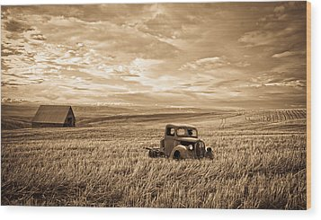 Vintage Days Gone By Wood Print by Steve McKinzie