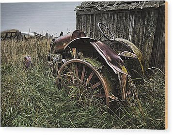 Vintage Farm Tractor Color Wood Print by Theresa Tahara