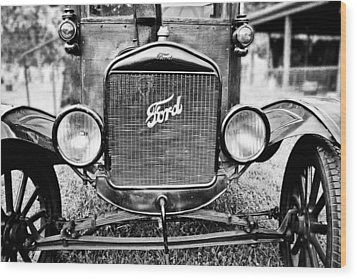 Vintage Ford In Black And White Wood Print by Colleen Kammerer