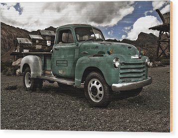Vintage Green Chevrolet Truck Wood Print by Gianfranco Weiss