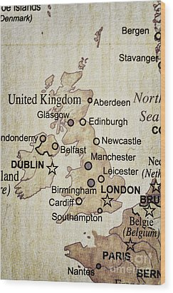 Vintage Map Of England Wood Print by Birgit Tyrrell