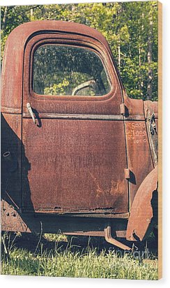 Vintage Old Rusty Truck Wood Print by Edward Fielding