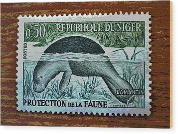 Vintage Republic Of Niger Stamp Wood Print