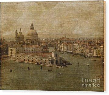 Vintage Venice Wood Print by Lois Bryan