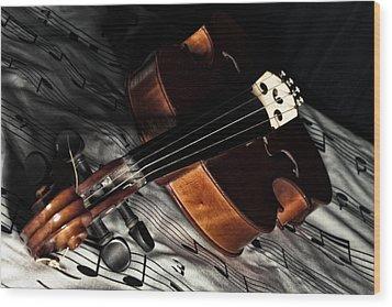 Vintage Violin Wood Print by Mike Santis