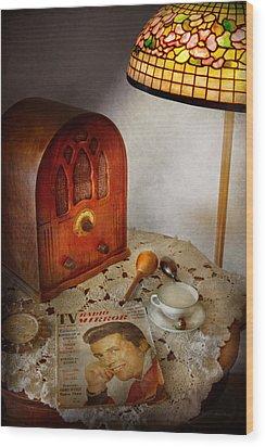 Vintage - What's On The Radio Tonight Wood Print by Mike Savad