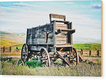 Vintaged Covered Wagon Wood Print by Athena Mckinzie