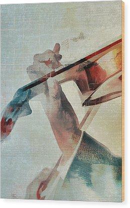Violinist Wood Print by David Ridley