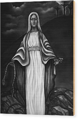 Virgen Mary In Black And White Wood Print by Carmen Cordova