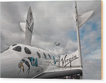 Virgin Galactic Vss Enterprise With Osprey Wood Print by Shirley Mitchell