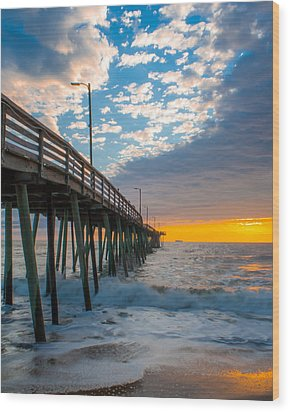 Virginia Beach Pier Into The Sun Wood Print
