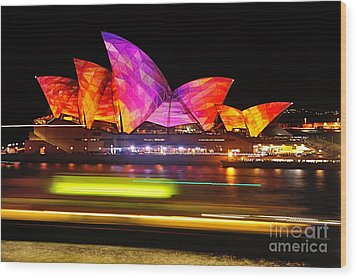 Vivid Sydney By Kaye Menner - Opera House ... Triangles Wood Print by Kaye Menner