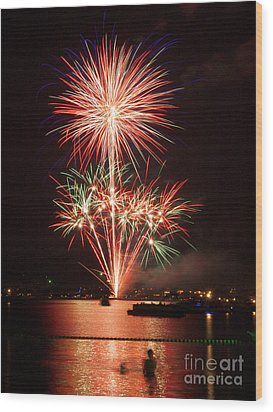 Wading View Of Fireworks Wood Print by Mark Miller