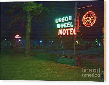 Wood Print featuring the photograph Wagon Wheel Motel by Utopia Concepts
