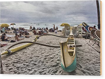 Waikiki Beach Hawaii Wood Print by Douglas Barnard