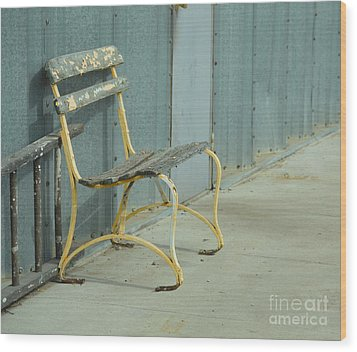 Waiting Bench Wood Print by Renie Rutten