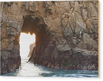Waiting For Godot - Arch Rock In Pfeiffer Beach In Big Sur. Wood Print by Jamie Pham
