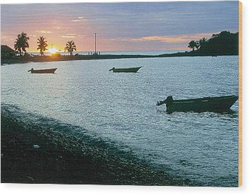 Waitukubuli Sunset Wood Print