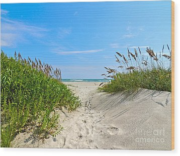 Walking Through The Sea Oats Wood Print by Eve Spring