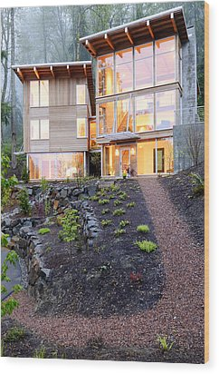 Walkway To Modern House Wood Print by Will Austin