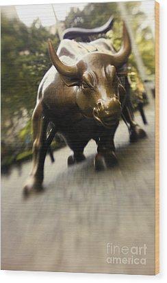 Wall Street Bull Wood Print by Tony Cordoza