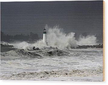 Walton Lighthouse Takes A Beating Wood Print