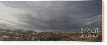 Waning Light On The Hills Of South Dakota Wood Print