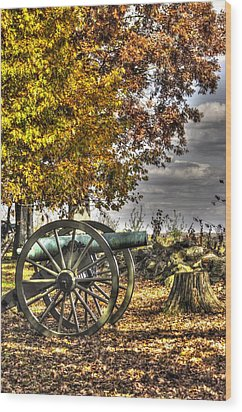 Wood Print featuring the photograph War Thunder - Aonv The Purcell Artillery Mcgraw's Battery-a1 West Confederate Ave Gettysburg by Michael Mazaika