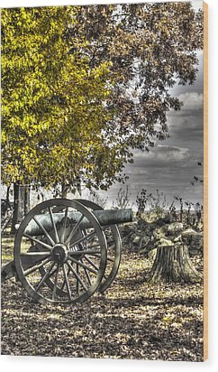 Wood Print featuring the photograph War Thunder - The Purcell Artillery Mc Graw's Battery-a2 West Confederate Ave Gettysburg by Michael Mazaika