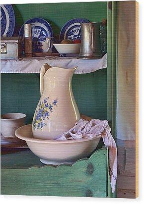 Wash Basin Still Life Wood Print by Nikolyn McDonald