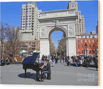 Washington Square Pianist Wood Print by Ed Weidman