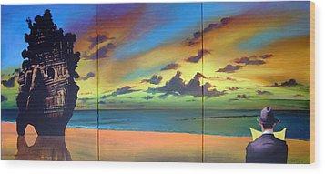 Watcher On The Beach Wood Print by Geoff Greene