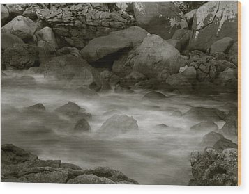 Water And Rocks Wood Print by Amarildo Correa