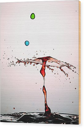 Water Droplets Collision Liquid Art 11 Wood Print