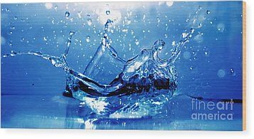 Water Splash Wood Print by Michal Bednarek