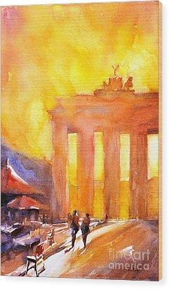 Watercolor Painting Of Brandenburg Gate Berlin Germany Wood Print by Ryan Fox