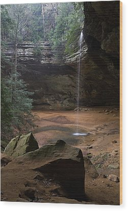 Waterfall At Ash Cave Wood Print