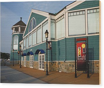 Waterfront Restaurant V Wood Print by Steven Ainsworth