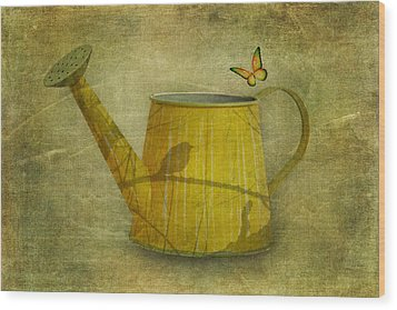 Watering Can With Texture Wood Print by Tom Mc Nemar