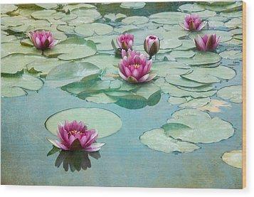Waterliles Wood Print