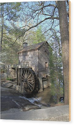 Wood Print featuring the photograph Waterwheel At Stone Mountain by Gordon Elwell