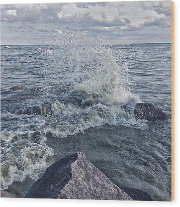 Wood Print featuring the photograph Wave Splash by Nikki McInnes