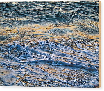 Waves Of Pacific Ocean Wood Print by SM Shahrokni