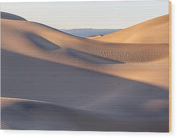 Waves Of Sand Wood Print by Jon Glaser
