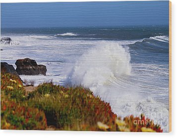 Wood Print featuring the photograph Waves by Theresa Ramos-DuVon