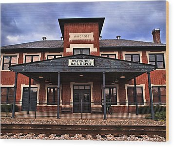 Wood Print featuring the photograph Waycross Depot by Laura Ragland